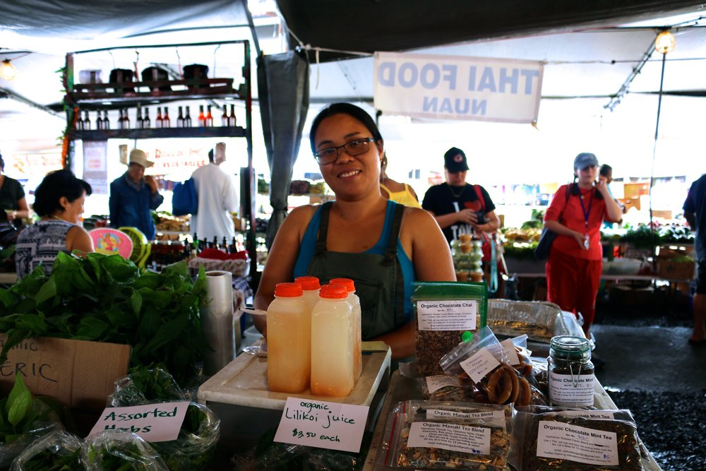 THE LADY BEHIND THE AMAZING GINGERADE JUICE STAND.
