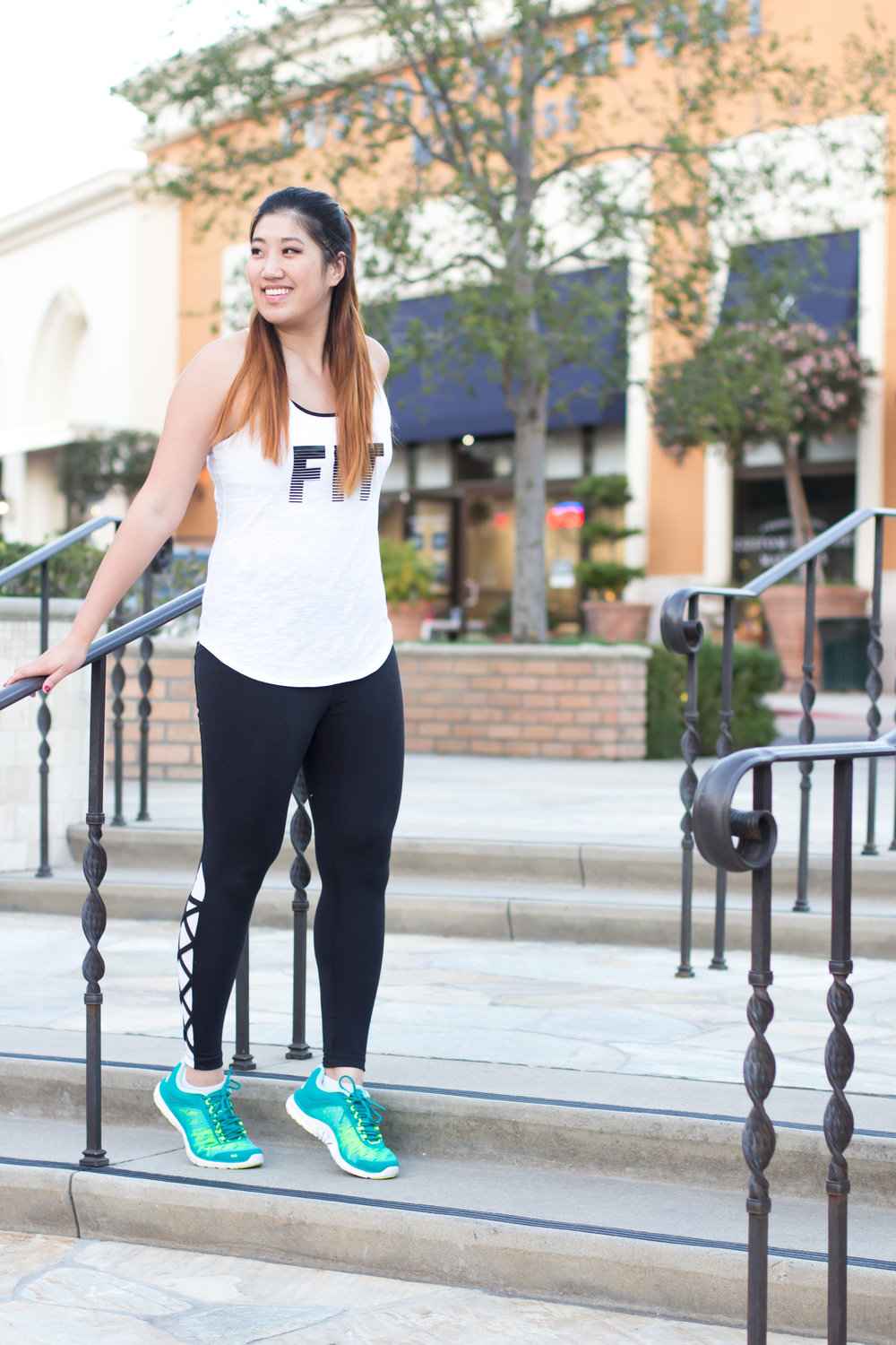 EllieActivewear-2.jpg