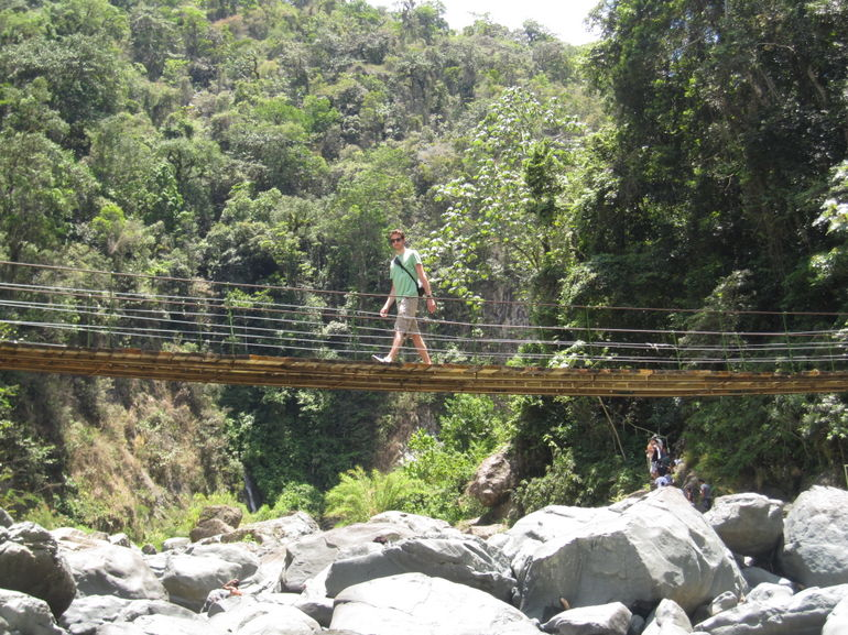 jarabacoa-waterfall-bridge-photo_1317069-770tall.jpg