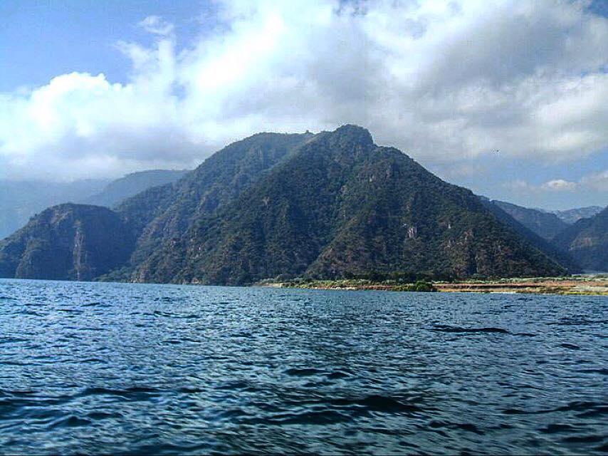 Lake Atitlan, Guatemala.jpg