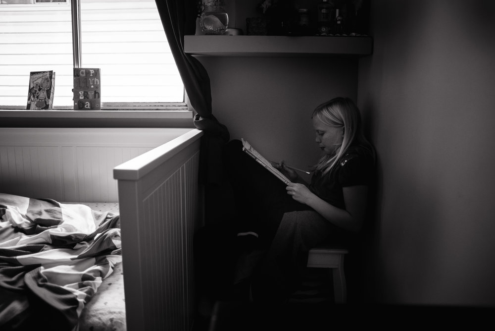 18/365 My daughter has tons of space to study and a desk, still she creates a cozy nook in the corner of her room lol.