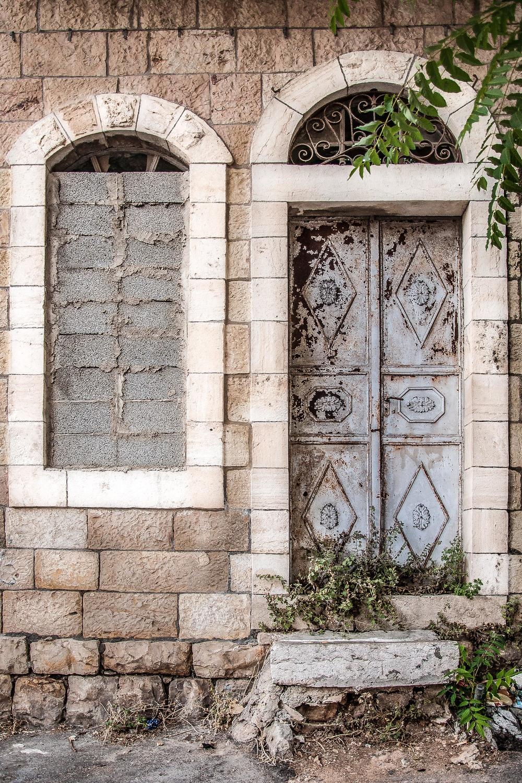yitskhak-prague-st-jerusalem-israel_12490439135_o.jpg