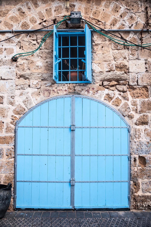 retsif-haaliya-hashniya-blue-door-jaffa-israel_12490502395_o.jpg