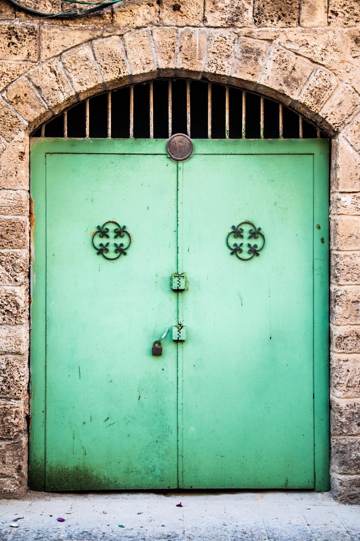 side-street-jaffa-israel_12559818214_o.jpg