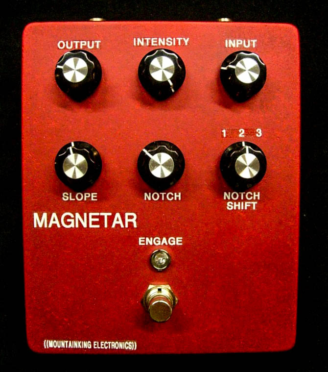 Early big box MAGNETAR.  Massive sounding synthy bass fuzz.
