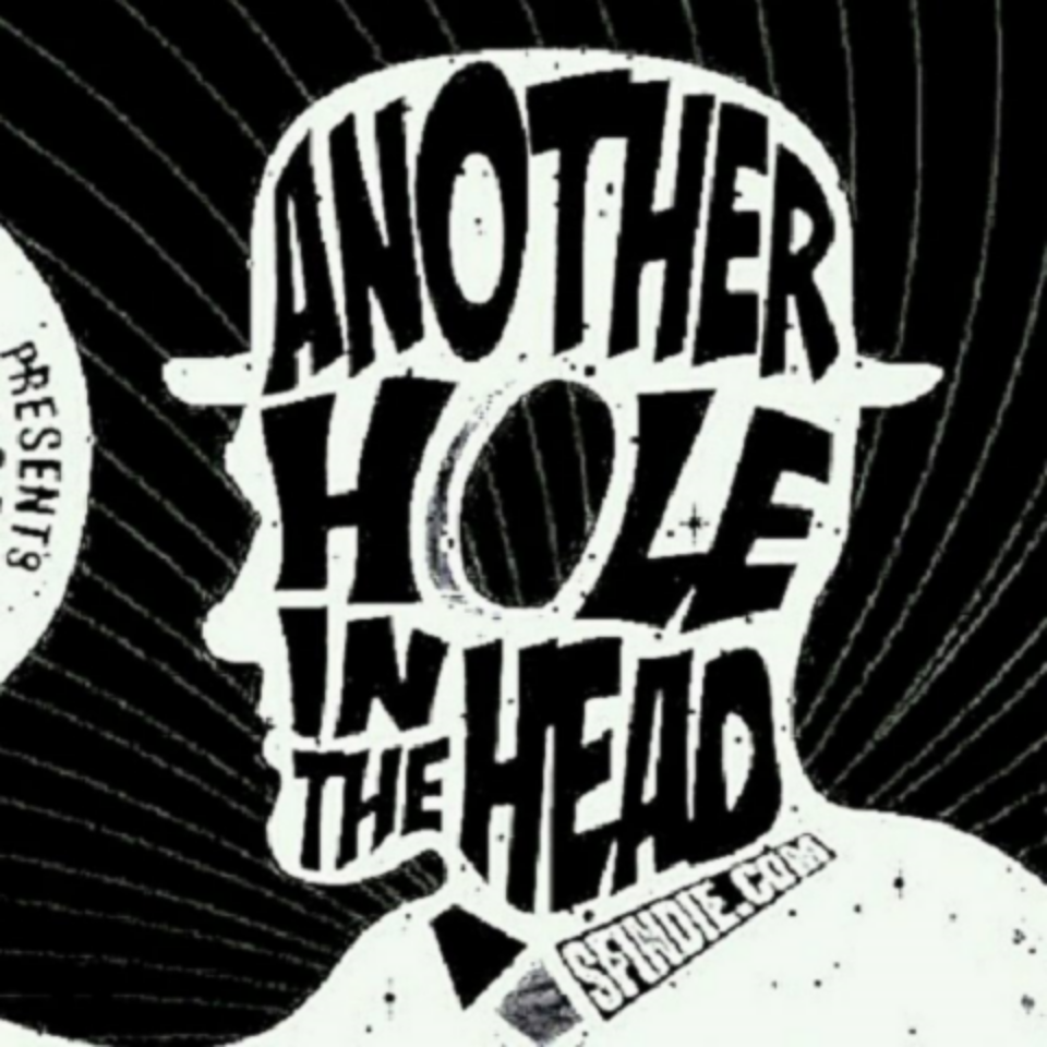 We're VERY excited to say that 'Wasteworld' has been accepted by Another Hole in the Head film festival in SAN FRANCISCO. It is the city's biggest genre festival and will be running from the 6th-16th of November for its 12th year! As usual, we would like to thank the whole crew for their great work, as well as the cast: Nicole Magdalena, Tommie Antoni Grabiec and Jez Hellion for their dedication. We couldn't have done it without you!