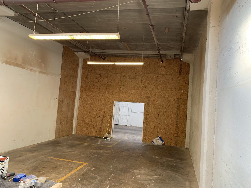 LARGE PRIVATE WORKSHOP SPACE