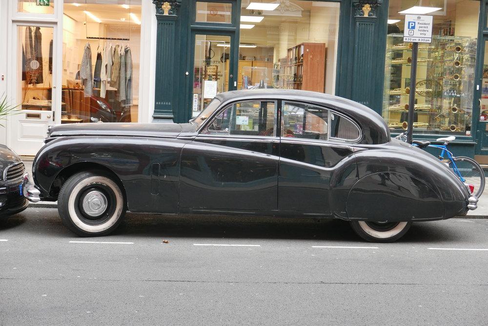 Jaguar Mark V11 (1950s) London 2016