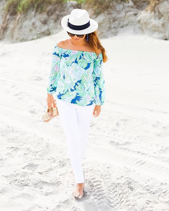 Sandy Between my toes and (in my jeans)! 😂. I do believe I was the only one in jeans at the beach!  Lots of fun at an impromptu family shoot with my fave neighbors!  This outfit is my travel outfit today and it was super comfy and still stylish!  Photo Credit:  Catherine M.  #dailydoseoffashion #fashionblogger #fashiondaily #fashioninspo #fashionobsessed #haul #instafashion #instagood #lifestyleblogger #ootd #outfitinspiration #outfitinspo #shoehaul #stylebyme #stylefile #sunsetbeachnc #beachbabe #summervibes #goodvibesonly #resort365 #lillypulitzer #obsessedwithlilly