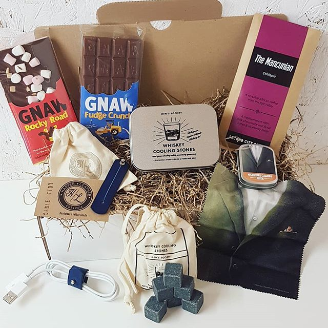 A recent corporate gift on behalf of lovely marketing agency we're working with. This one was a thank you from them to a client who sent them some business. An awesome combo full of goodies for one very lucky chap.  www.sendabox.co