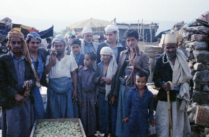Suq al-Ahad nr Shihara 0001.JPG