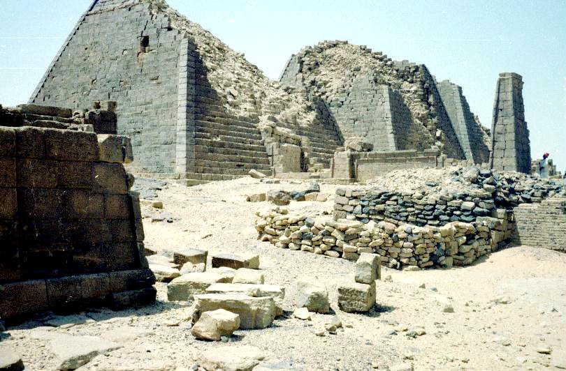al-Bagrawiyya pyramids