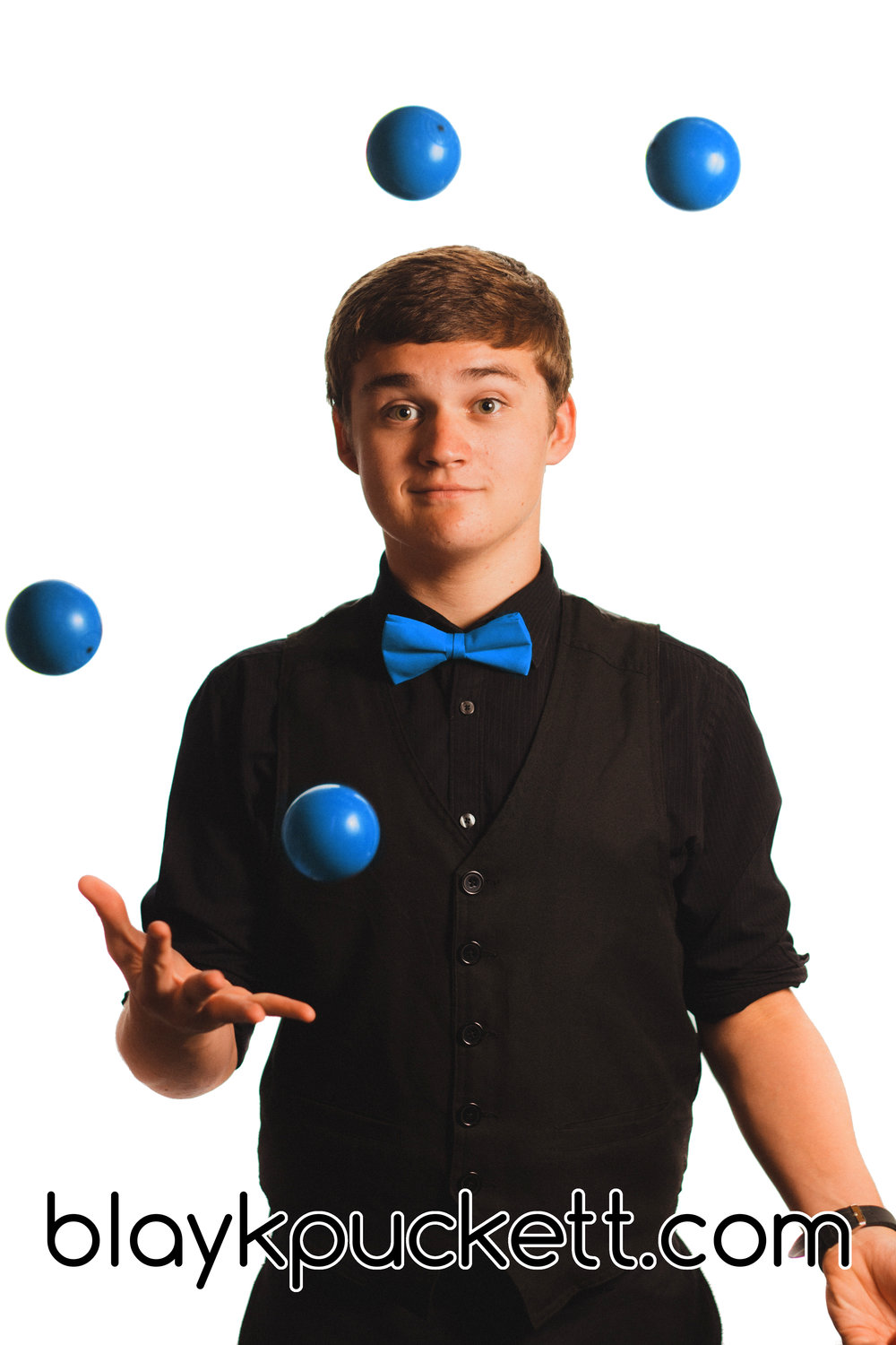 Juggling 5 balls BLUE with website.jpg