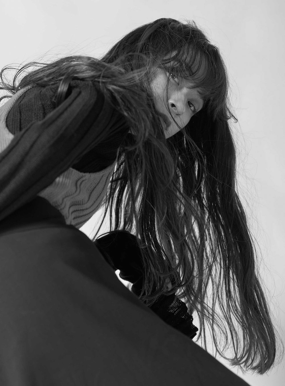 Shaky    Published on 17 December 2018   Photographer  Yuito Ando @yuito_ando  Stylist  Yuuki Sakamoto @stylist_yuuki  Make up & Hair  Honoka Takahashi @honchan57  Model  Raika Yumi at PLATINUM PRODUCTION @YUMI_RAIKA