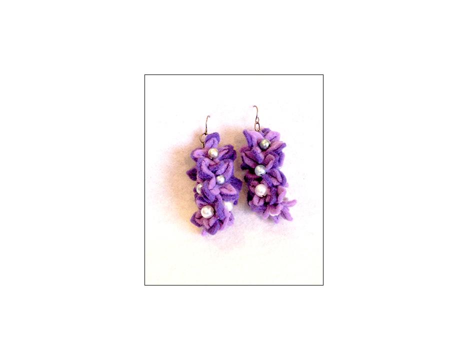 violet felt E.jpg