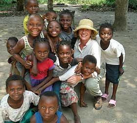 Gunnhild i Kongo som folkereporter for Leger uten grenser i 2006.