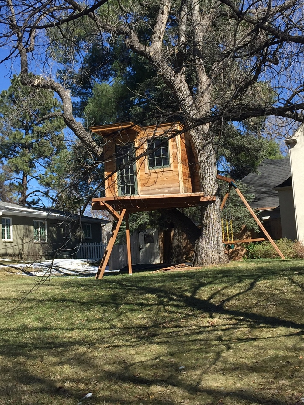 Tilfeldig treehouse.