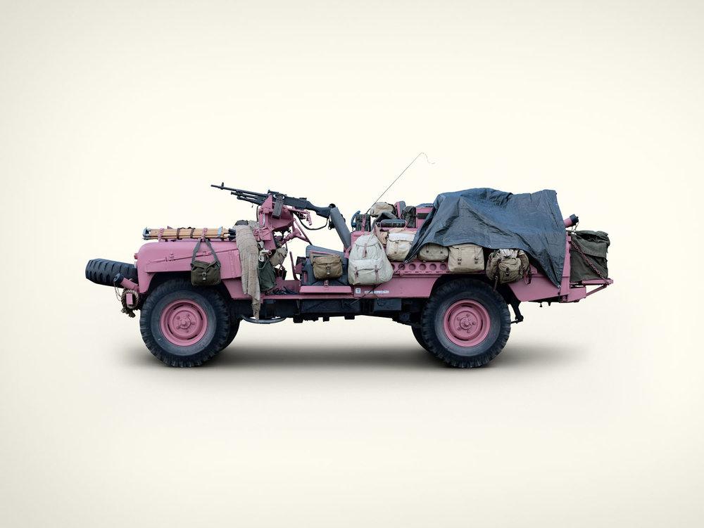 Pink Panther Desert Land Rover (2009)