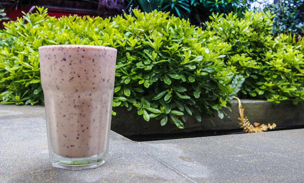 blueberry maca smoothie