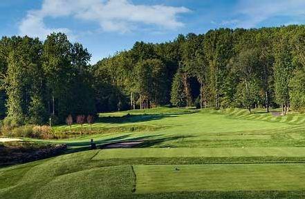 Manhattan_Woods_Golf_Club-photo.jpg
