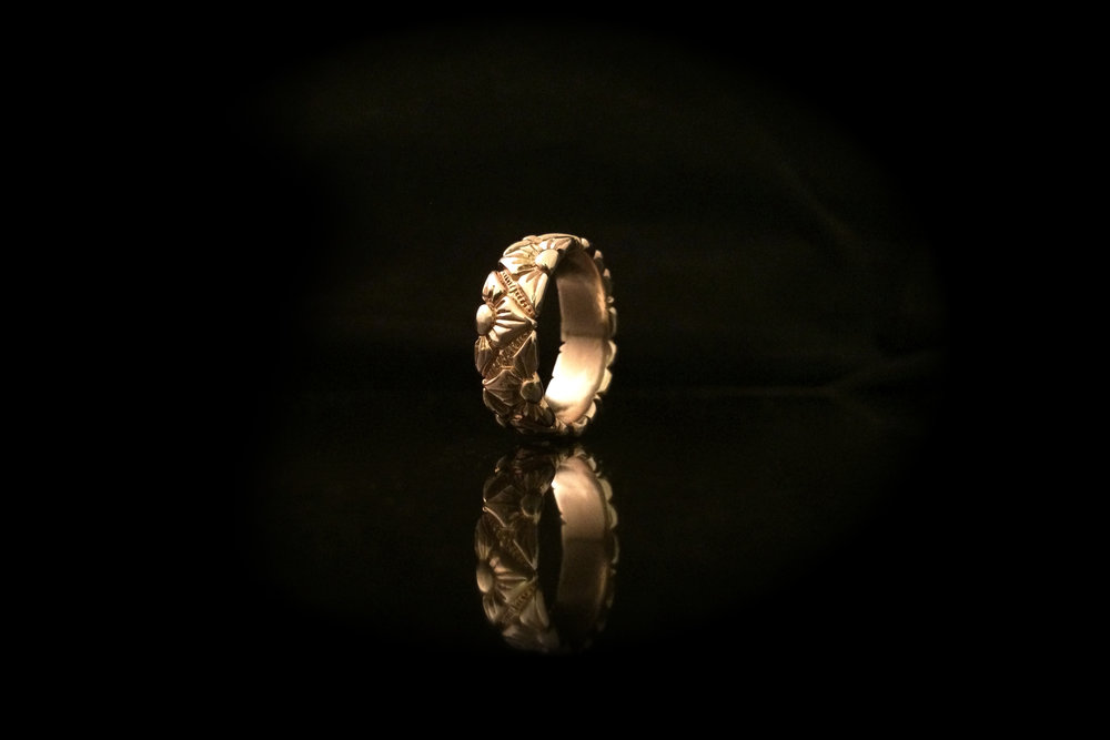 10k mens wedding band.jpg