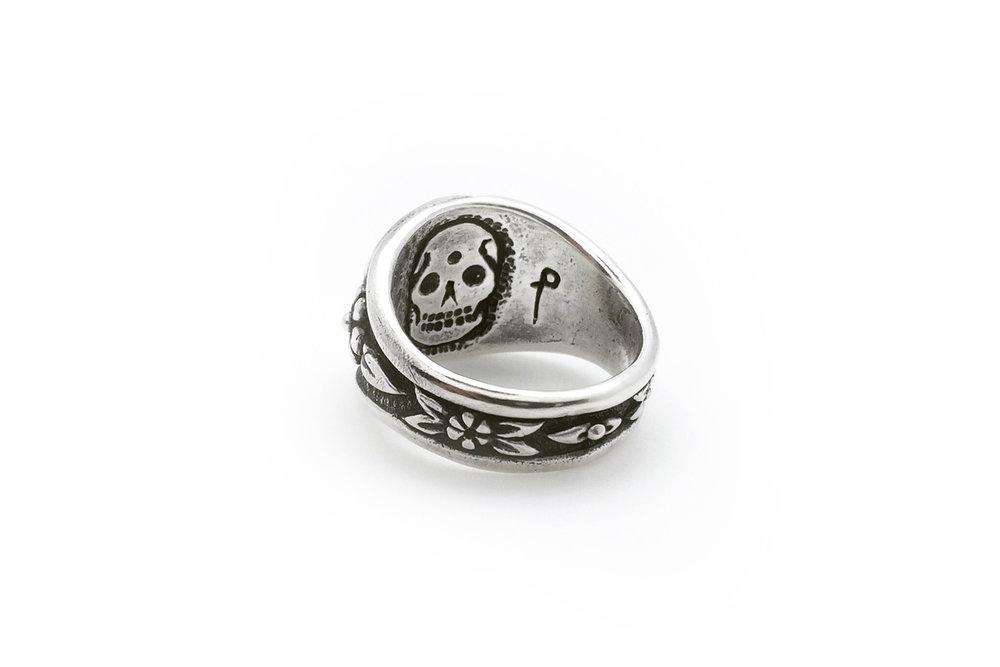 inner skull engraving silver ring.jpg