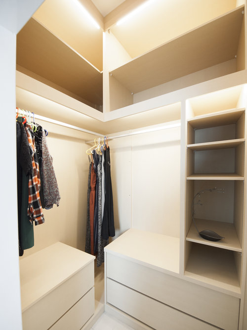 Maximizing wardrobe space in a small area.