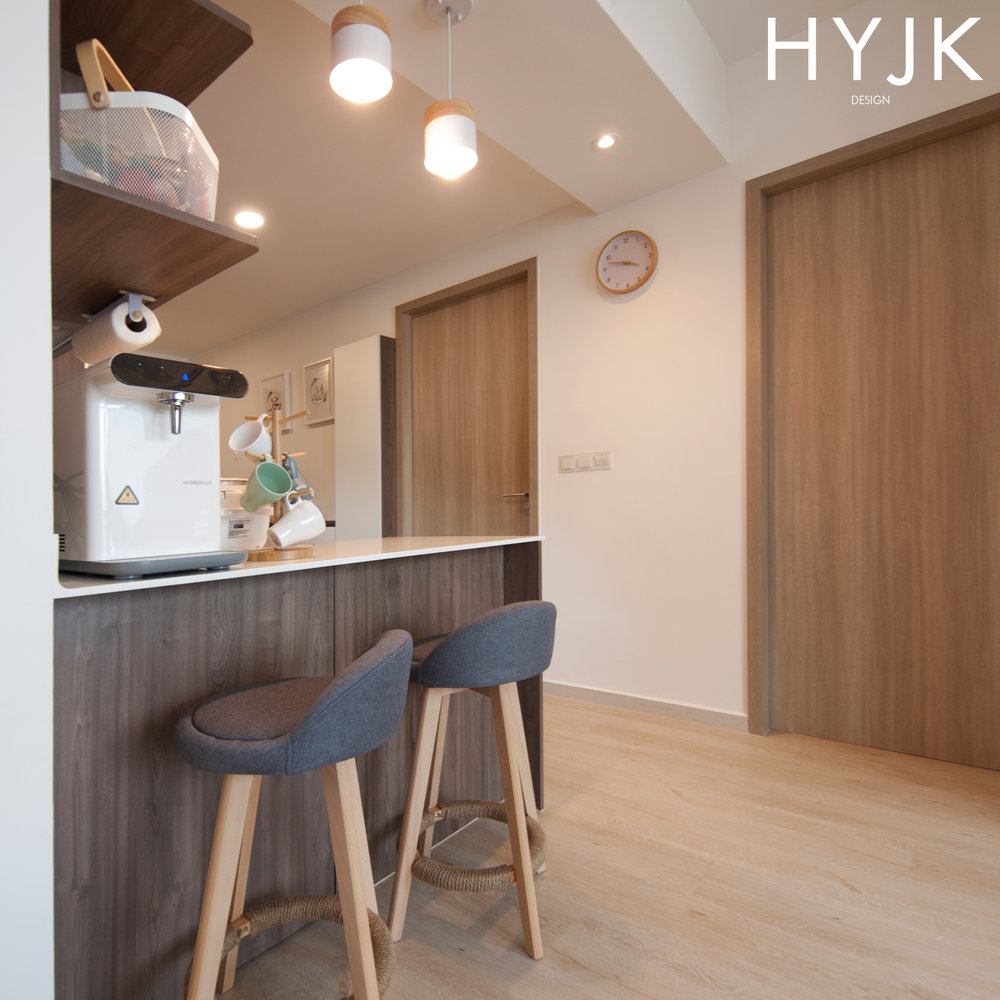 Tiny nook for meals.