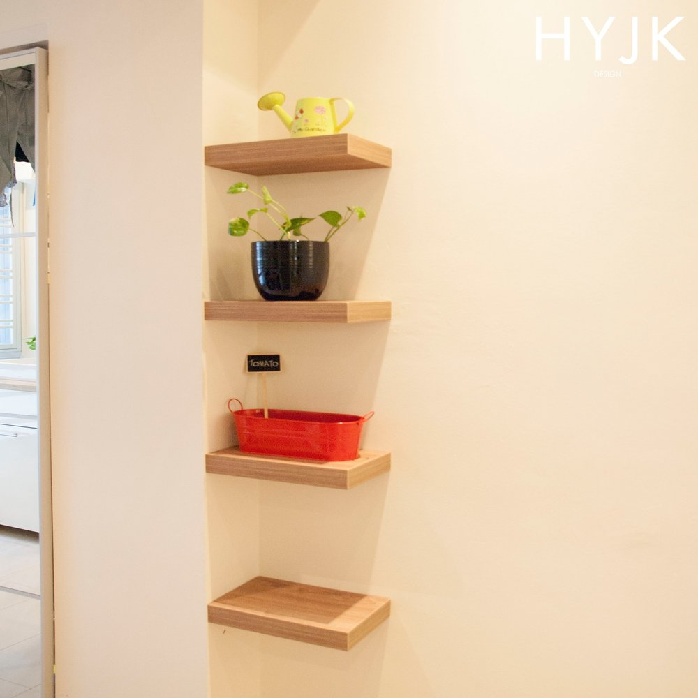 Adorable little shelves