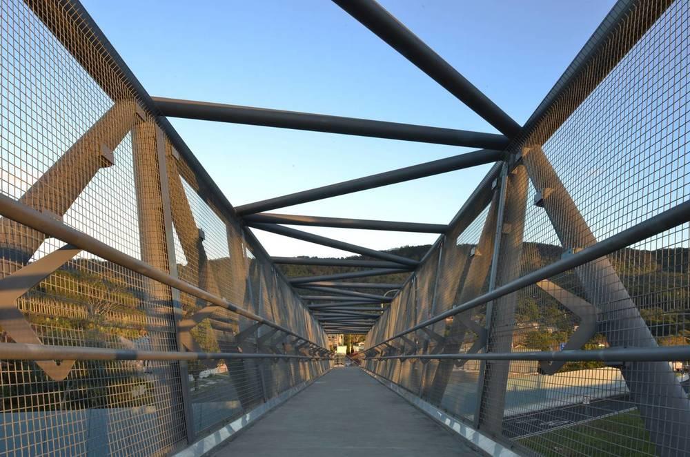 Woollonong FST Bridge Studio Colpol.jpg