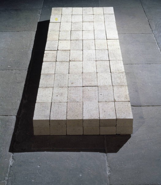 """""""Equivalent VIII"""" by Carl Andre (1966). Material: firebricks. Size: 127 x 686 x 2292 mm. Collection: Tate Modern."""