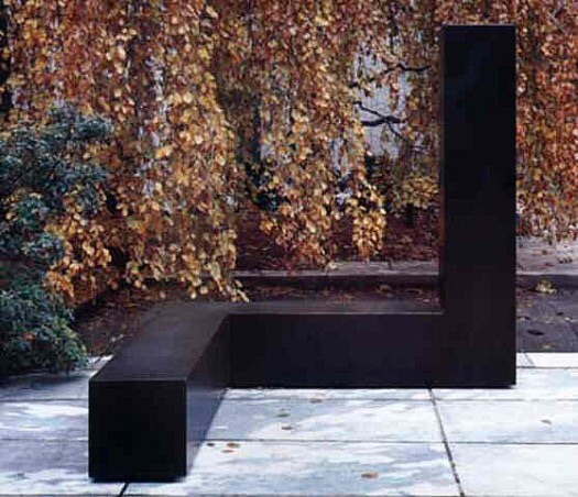 """""""Free Ride"""", by Tony Smith (1962). Material: Painted steel. Size: 6′ 8″ x 6′ 8″ x 6′ 8″. Collection: The Museum of Modern Art, New York."""