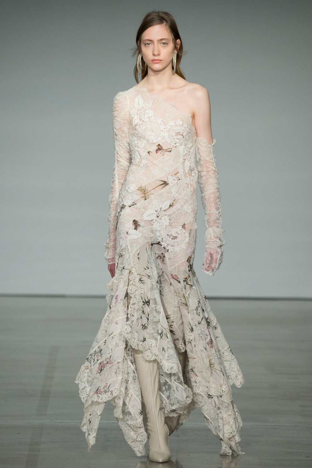 ZIMMERMANN -  ethereal and romantic lace and floral details