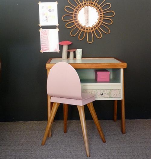 002 de jolis bureaux pour nos coliers les plus beaux for Bureau 60 cm de longueur