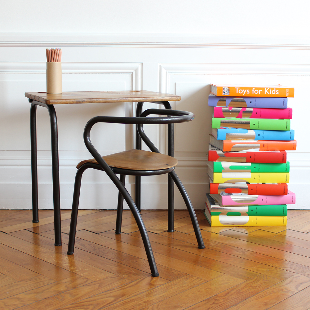 002 De Jolis Bureaux Pour Nos écoliers Les Plus Beaux Bureaux De