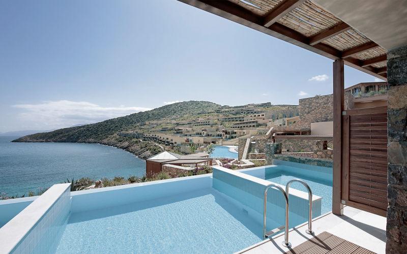013 le paradis existe dans le plus bel h tel de cr te for Appartement bordeaux avec piscine