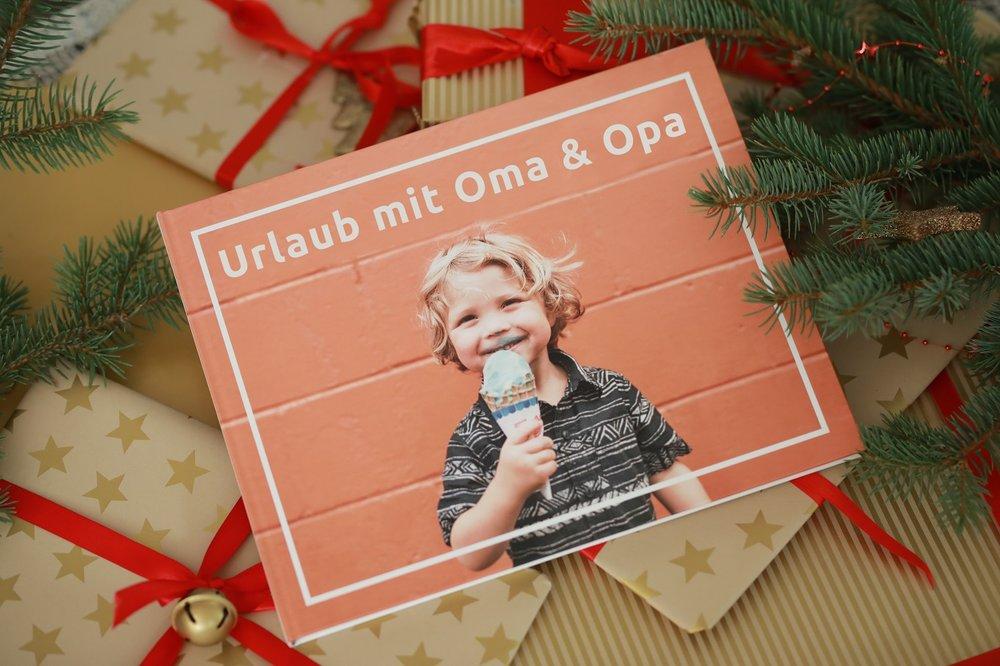 Bontia_Geschenk für die Oma_Fotobuch.jpg