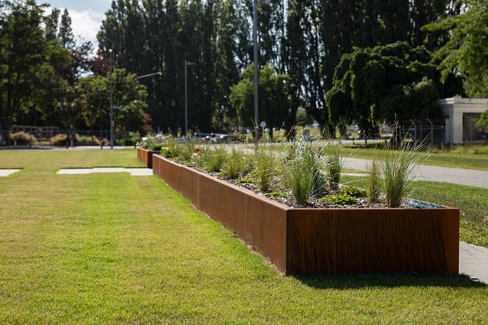 Raised Corten planters at PGC