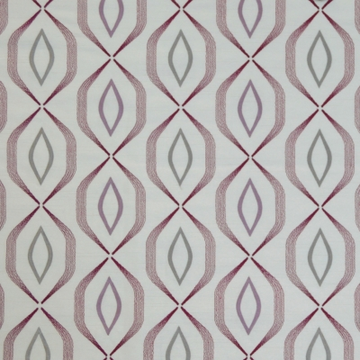 Lugano Mulberry   83% Polyester/17% Viscose    140cm (useable 131cm) |   12cm    Curtaining