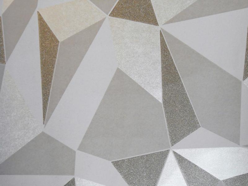 Prism Quartz 52cm