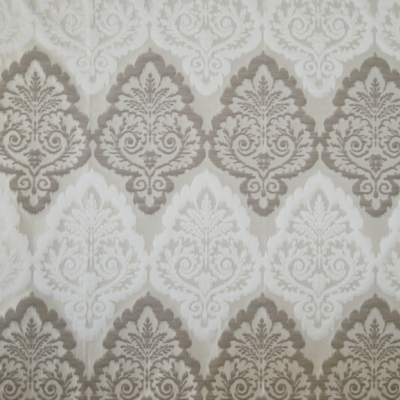Duchess Pearl 66% polyester/ 15% cotton/ 19% linen 150cm | 54cm Curtaining