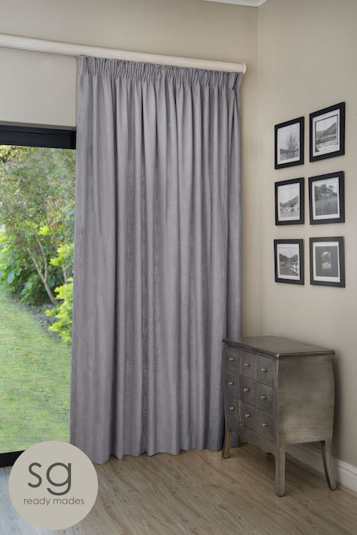 WOODSTOCK MIST TAPED CURTAIN