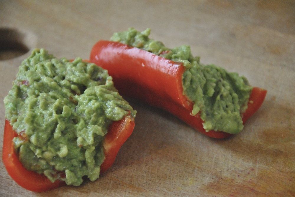 red-bell-pepper-guacamole-boats