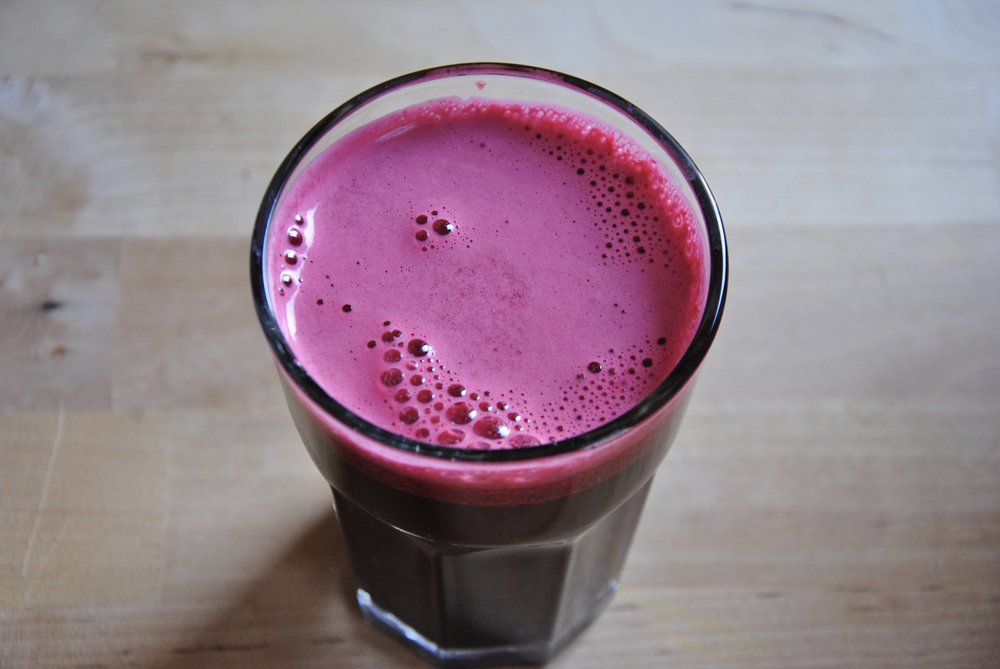 Liver Detox Juice w/ Celery, Cucumber, Apple, Beetroot & Ginger