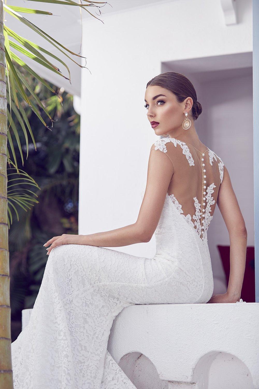 Santorini Bride - Lost In Love Photography