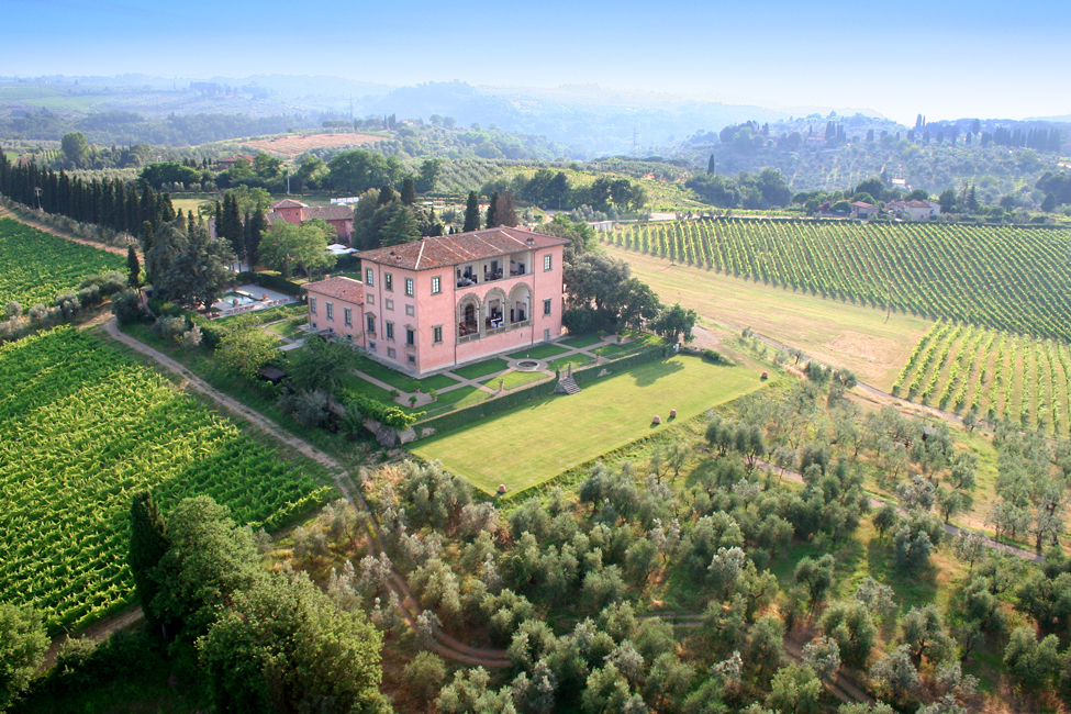Top 10 luxury wedding venues in Tucany - Villa Mangiacane