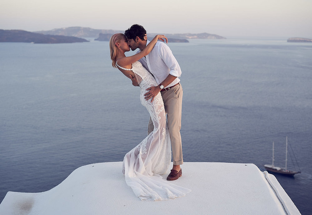 Santorini Wedding photography by lost in love