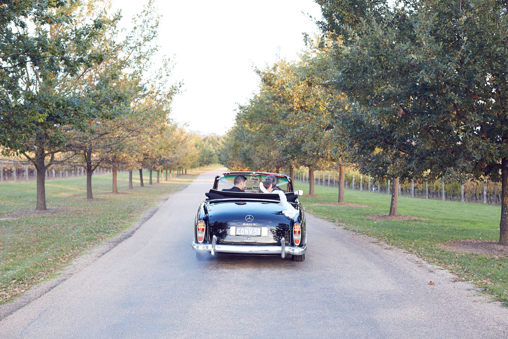 stones of the yarra valley wedding photo mercedes convertible Triple R wedding car hire