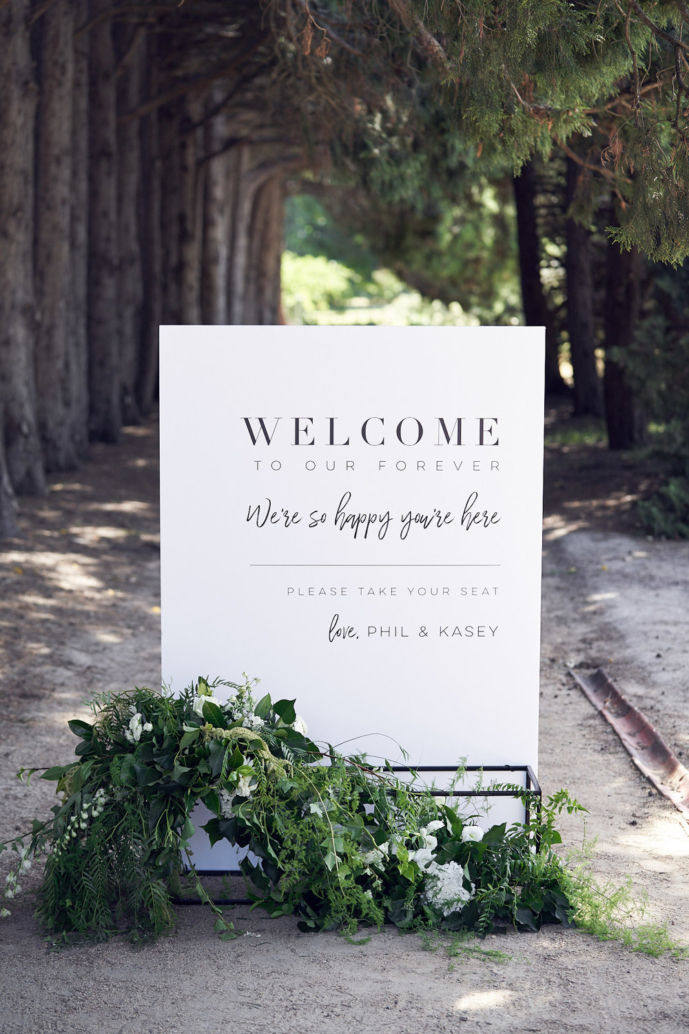 Coombe estate Yarra Valley. Storytime wedding lost in love photography