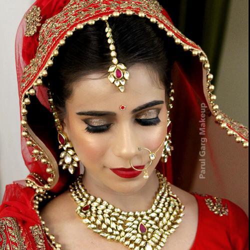 Super Paruls Bridal Makeup Hire Bridal Makeup Artist Delhi Parul Garg Hairstyles For Men Maxibearus